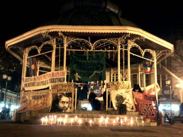 Valdivia: Realizan manifestación por asesinato de Luis Marileo y Patricio González