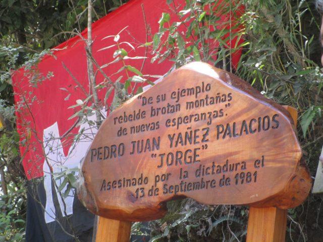 Neltume: Destruyen Memoriales del Sendero de la Guerrilla